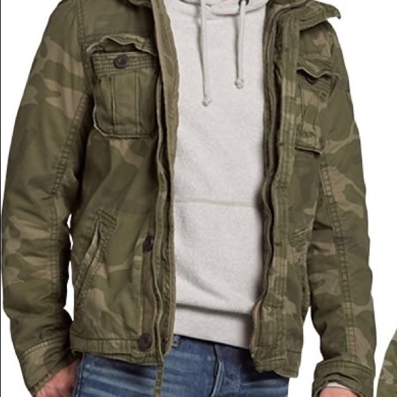 62bece5cb63bc Abercrombie & Fitch Other - Abercrombie and Fitch Men's Camo cargo coat  Size M